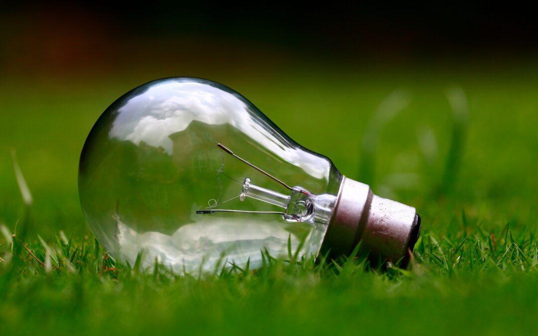 Dlaczego warto inwestować w odnawialne źródła energii i jakie zalety ma dziś fotowoltaika?